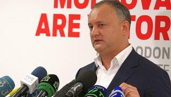 «Даю ход назад»: отвернувшись от России, президент Молдавии уже ничего не обещает
