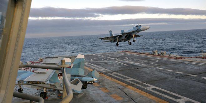 Опасное приземление: российский истребитель чуть не потерпел крушения при посадке на авианосец «Адмирал Кузнецов»; пилот остался в живых