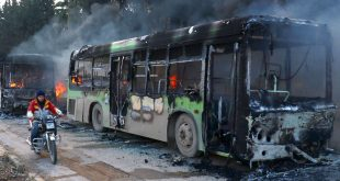 Сирия: террористы срывают договоренности и поджигают автобусы гуманитарной помощи