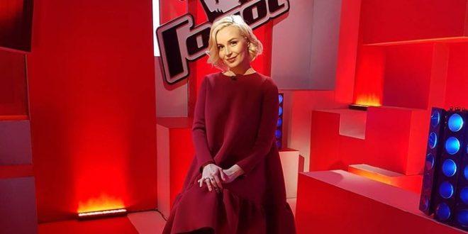 Звездное пополнение: известная певица была рассекречена в прямом эфире – СМИ