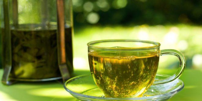 Напиток-убийца: любительница чая осталась без зубов – СМИ