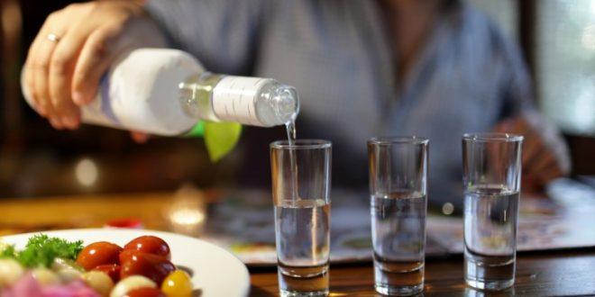 «Водка должна быть изуродована!»: депутаты нашли способ отучить народ от алкоголя
