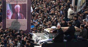 «Умри, Россия!»: иранские жители спели на похоронах бывшего президента неожиданные строки – СМИ