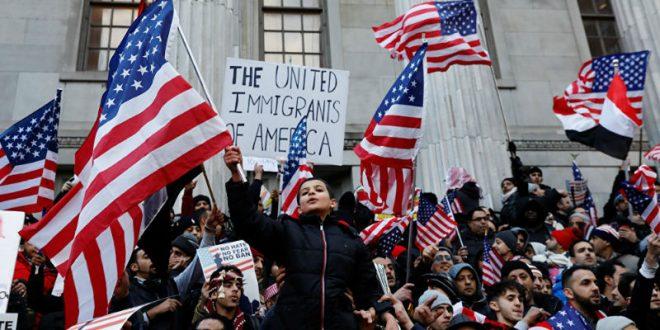 США ждет «День без иммигрантов»