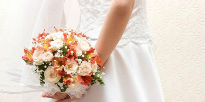 В Великобритании женщина выходит замуж за саму себя