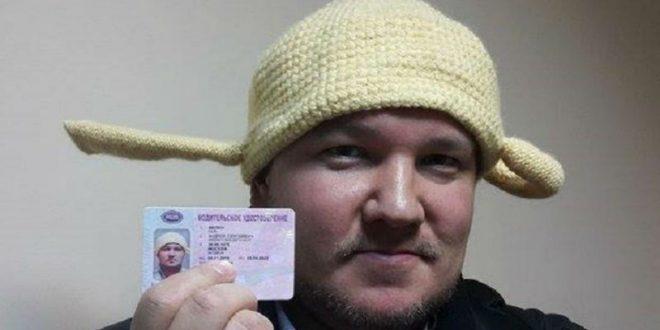 В Москве водителя-пастафарианца с дуршлагом на голове разыскивают за неуплату штрафов