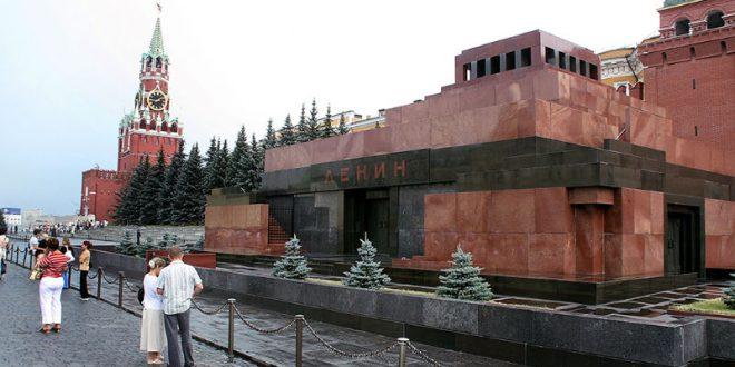 ЛДПР призывает демонтировать мавзолей и похоронить Ленина