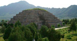 В Китае расхитители древней гробницы умерли от паров ядовитого газа