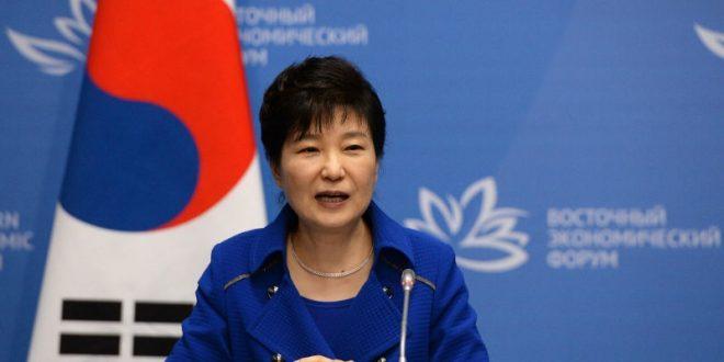 В Южной Корее после объявления импичмента Пак Кын Хе произошли массовые беспорядки. Военные готовятся к провокациям со стороны КНДР