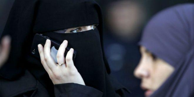 Суд ЕС одобрил запрет на ношение хиджабов на работе