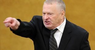 Фракция ЛДПР со скандалом покинула зал заседаний Госдумы, а Жириновский пообещал расстрелять оппонентов