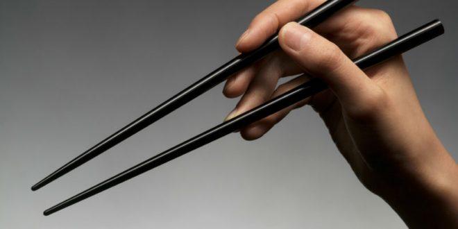 Психически больной китаец убил трех человек палочками для еды