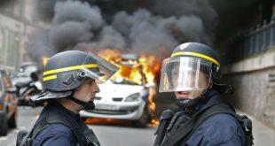 В день президентских выборов в центре Парижа прошли массовые акции протеста
