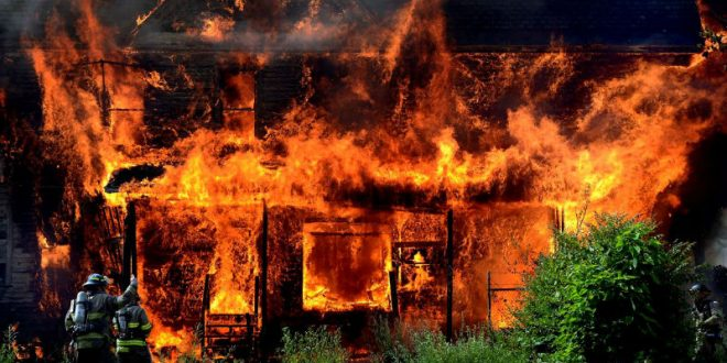 Двое кировских школьников ограбили и сожгли три дома и остались безнаказанными