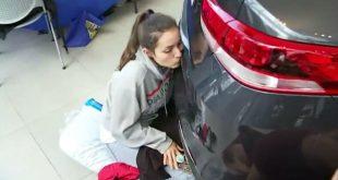 Американка выиграла новенький Kia Optima за 50-часовой поцелуй с машиной