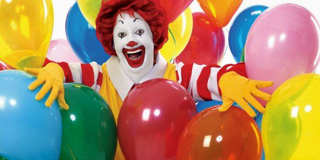 Пьяные Рональды Макдональды устроили дебош в британском KFC