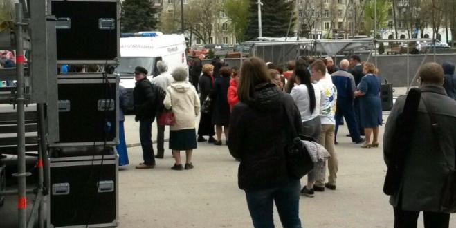 В Перми во время детского фестиваля на юных участников рухнула часть сцены