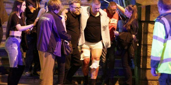 Полиция подтвердила, что взрыв в Манчестере был совершен террористом-смертником