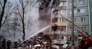 В Волгограде взрыв газа привел к обрушению целого подъезда в жилом доме, погибли 2 человека