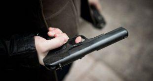 Брянский пенсионер при попытке высадить его из автобуса открыл стрельбу по водителю