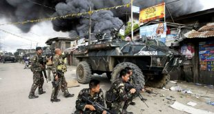 На Филиппинах террористы взяли в заложники епископа и прихожан католической церкви