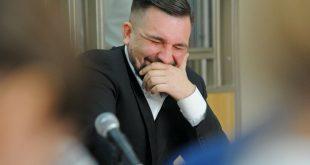 Децл собирается отсудить у Басты 4 миллиона за оскорбления в интернете