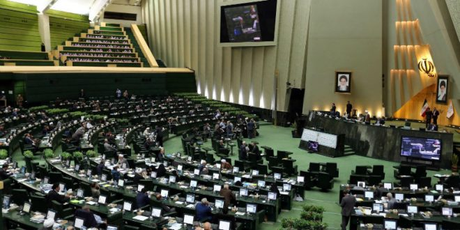 Неизвестные открыли стрельбу в парламенте Ирана, есть пострадавшие