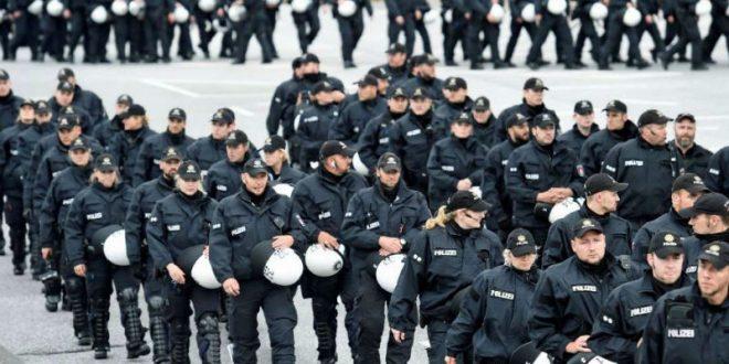 В Гамбурге 200 прибывших на саммит G20 полицейских устроили секс-вечеринку с оружием