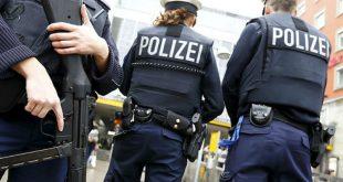 На вокзале в Мюнхене злоумышленник отобрал пистолет у полицейского и открыл стрельбу
