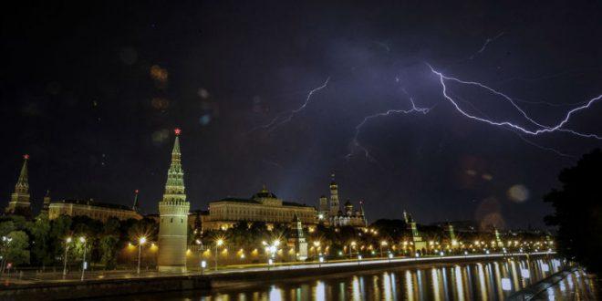 На Москву надвигается сильнейшая гроза за последние годы