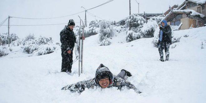 Знаменитый аргентинский курорт замело снегом из-за «Бури века»