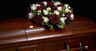 Саратовец оставил тело матери в картонной коробке на улице из-за отсутствия денег на похороны