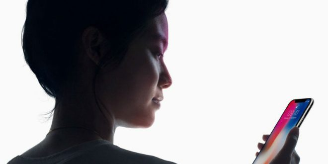 Apple оконфузились на презентации iPhone X: не сработала новая функция распознавания лица